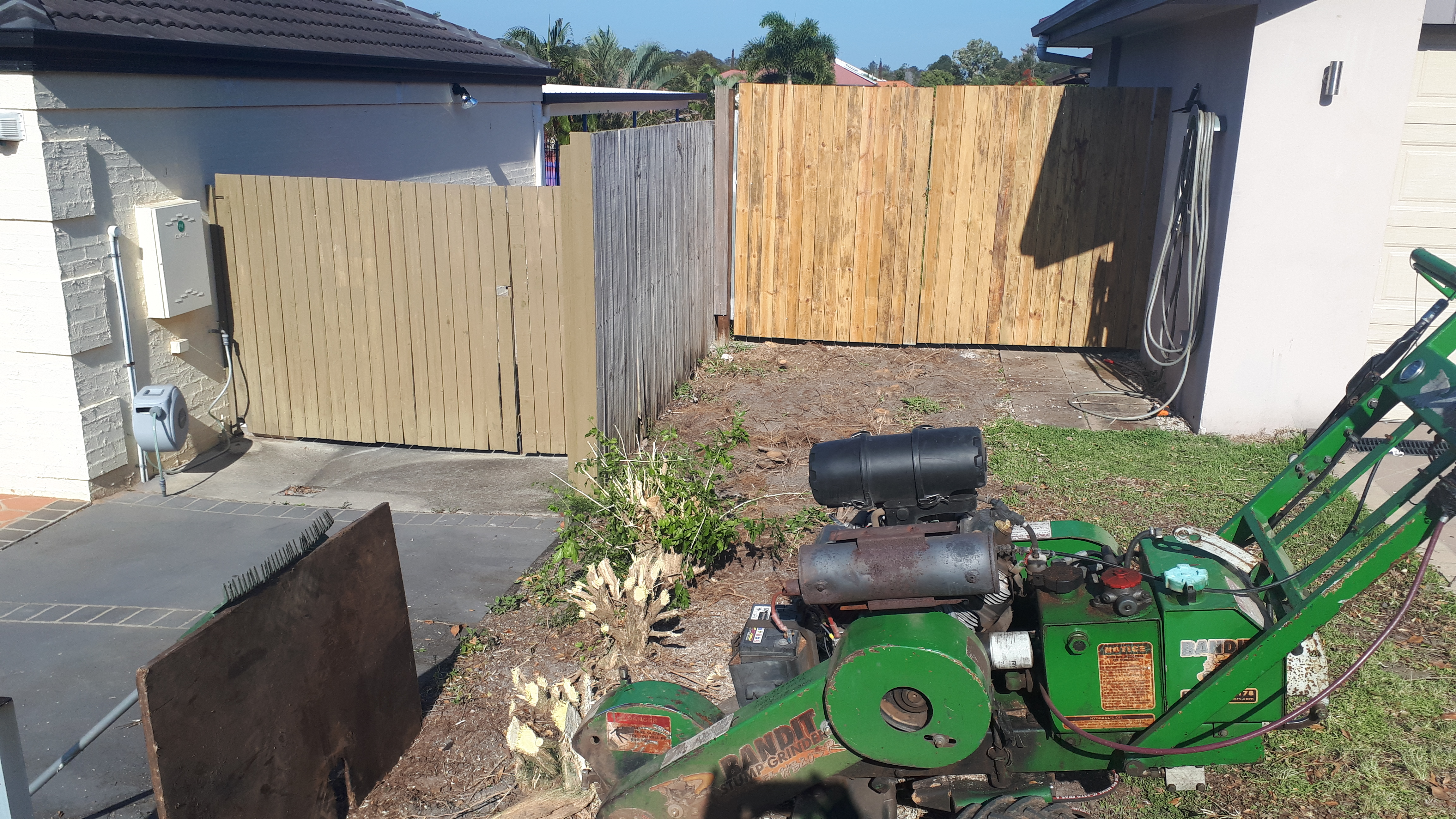 Hedge Removal North Lakes